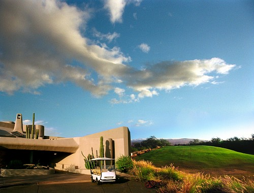 Exhibition: Oliver Wasow: Exteriors and Interiors, Work: Mauna Kea, Hawaii
